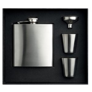 hip flask with logo and small glasses