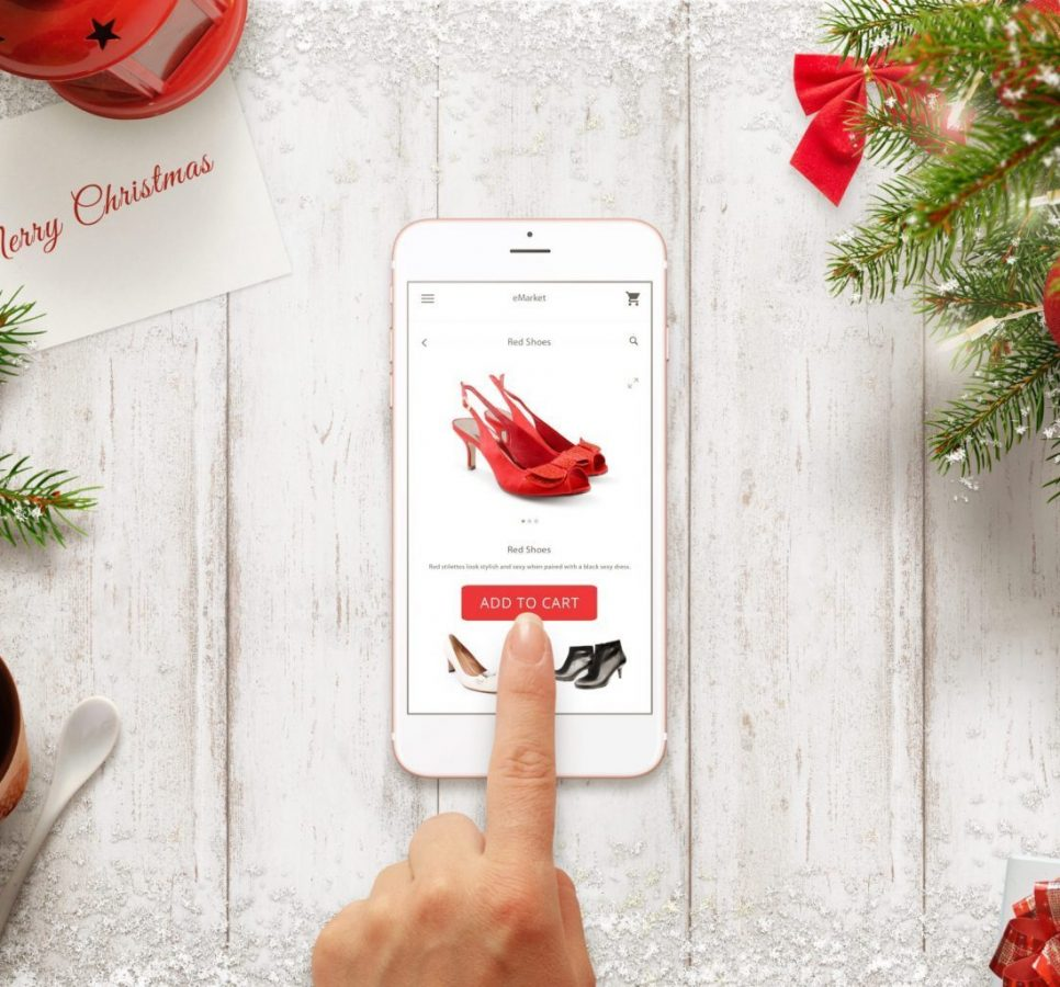 Buying a Christmas marketing campaign gift online